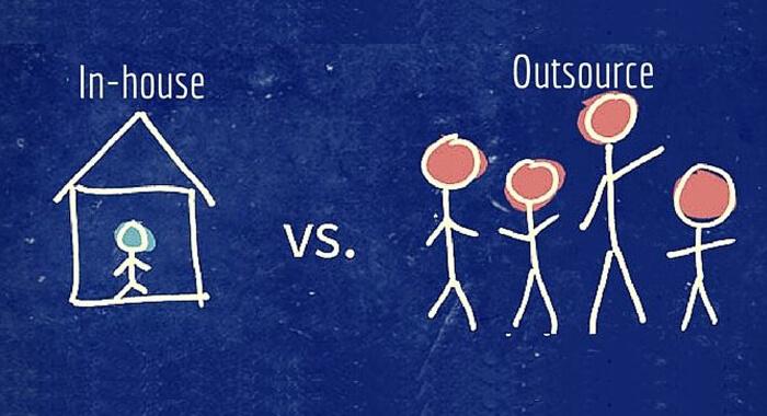 Inhouse-Vs-outsource